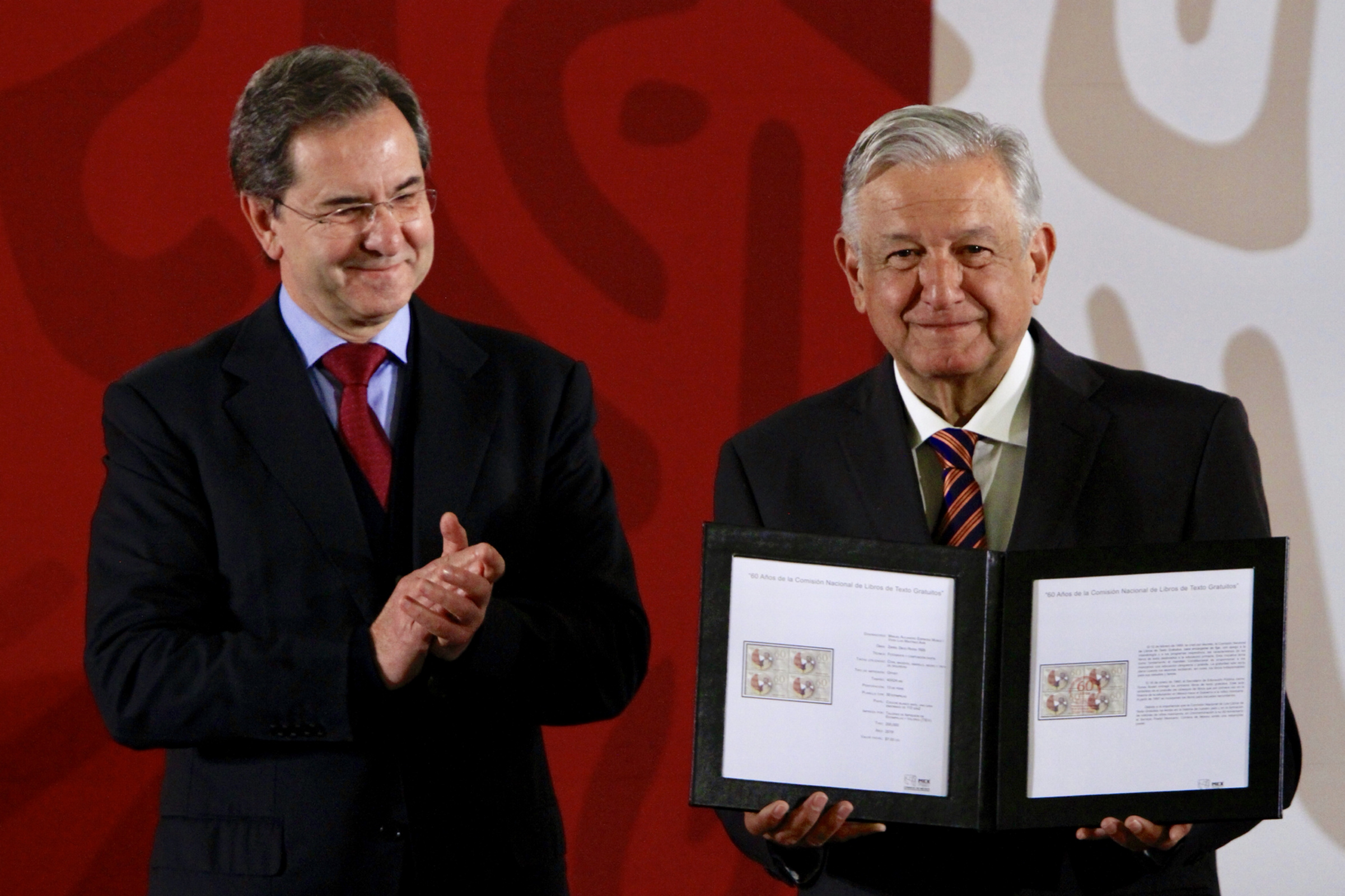 Esteban Moctezuma anuncia nuevo modelo educativo